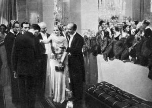 """Foto di scena del film """"Contessa di Parma"""", regia di Alessandro Blasetti (1937)."""