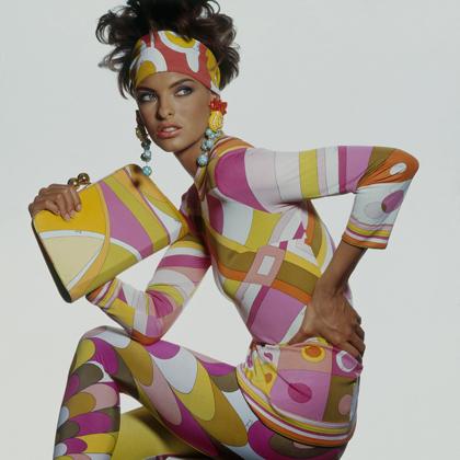 Linda Evangelista indossa Emilio Pucci (Vogue, 1990)