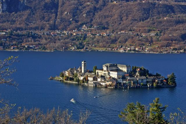 Isola di San Giulio, Lago d'Orta (Cusio)