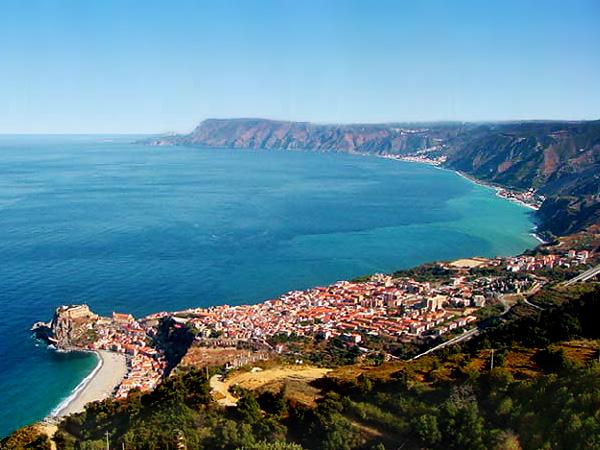 La Costa Viola sul mar Tirreno