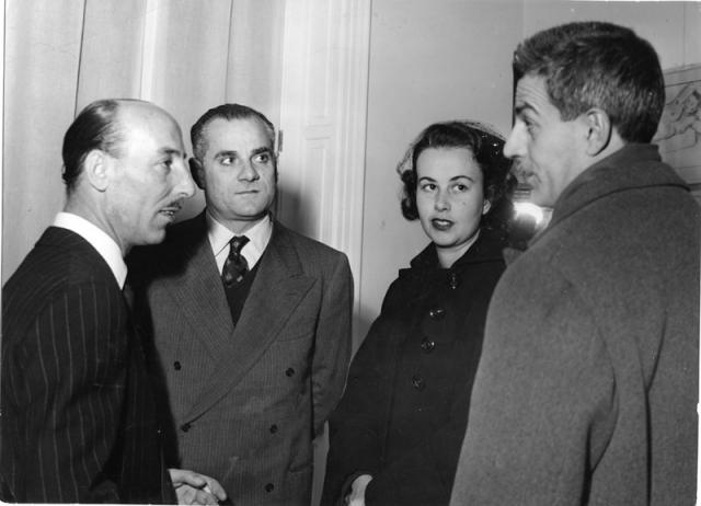 Vittorini con Valentino Bompiani, Alberto Moravia ed Elena Pellegrini