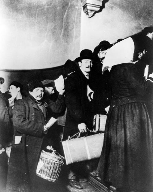 Immigrati a Ellis Island
